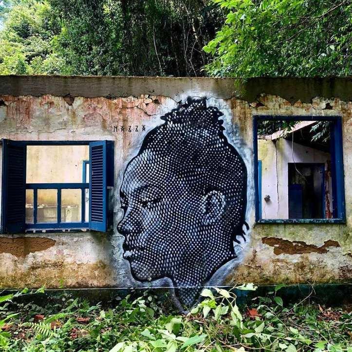 Nazza Stencil @ Araçatiba, Ilha Grande, Brazil