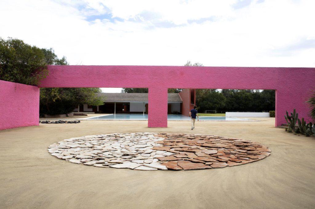"""Richard Long, """"Orizaba to Urique River Deep Mountain High,"""" Cuadra San Cristóbal, Designed by Luis Barragán, Mexico City. Copyright Richard Long; Courtesy Lisson Gallery. Photo by Sebastiano Pellion Di Persano"""