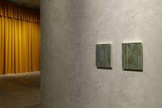 """""""Storytelling"""", Liu Ye, 30.1 – 28.9.2020, Fondazione Prada, Milano, Foto: Roberto Marossi, courtesy Fondazione Prada: Da sinistra a destra, Liu Ye, Composition with bamboo No.1, 2007 Acrilico su tela, 40 x 30 cm, Collezione Privata, Pechino e Liu Ye, Composition with bamboo No.2, 2007, Acrilico su tela, 40 x 30 cm, Collezione Fu Ruide, Amsterdam"""