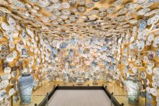 """The Porcelain Room – Chinese Export Porcelain"", a cura di Jorge Welsh e Luísa Vinhais, Fondazione Prada, Milano30.1 - 28.9.2020, Foto: Delfino Sisto Legnani, Courtesy Fondazione Prada"