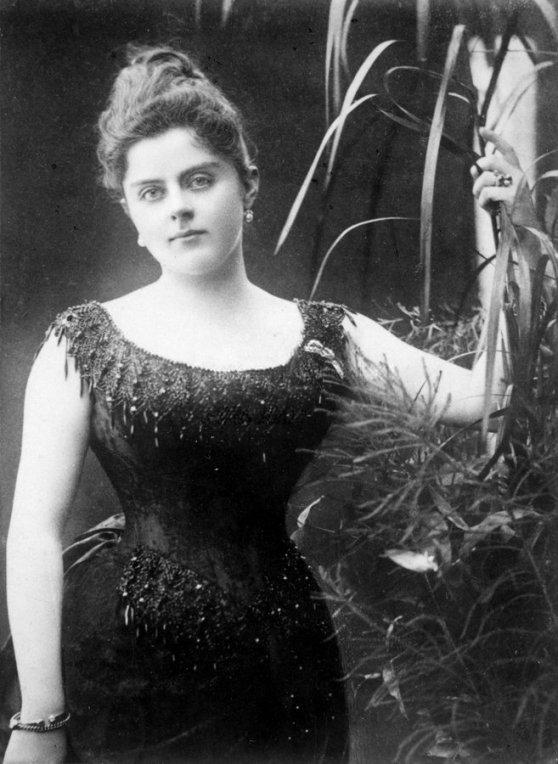 Baronessa Mary Vetsera, Austria, 1887