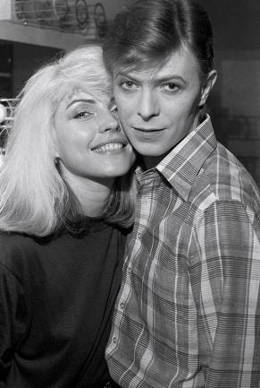 Debbie Harry e David Bowie, 1977