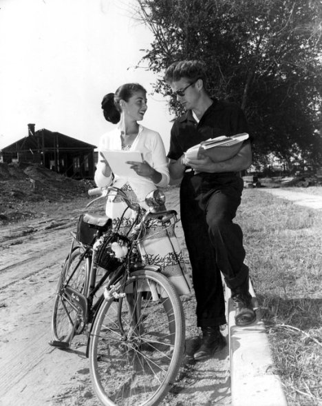 James Dean e Anna Maria Pierangeli, 1955