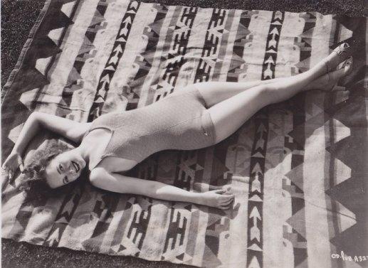 Olivia De Havilland, 1936