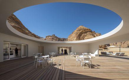 Desert X Al Ula Visitor Centre. Fotografia di Colin Robertson