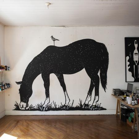 """""""O Cavalo Preto"""" (2020) di Alex Senna, per Home Mural fest"""