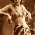 Danzatrice del ventre degli anni '20