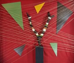 Installazione di corde e geometrie. Fotografia di Barbara Picci e Matteo Ambu