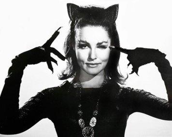 Julie Newmar nei panni di Catwoman