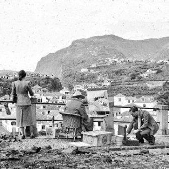 Winston Churchill dipinge la baia di Câmara de Lobos (Madeira, 8 gennaio 1950) Fotografia di Raul Perestrelo, tratte dall'archivio regionale e dalla biblioteca pubblica di Madeira