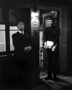 Alfred Hitchcock e Anthony Perkins sul set di 'Psycho'