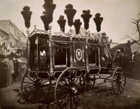 Il carro funebre di Abraham Lincoln, 1865