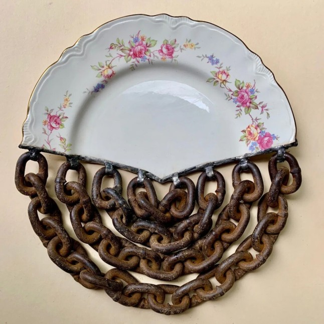 """Plate of chains"" by Glen Taylor"