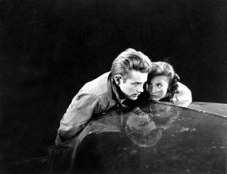 James Dean e Natalie Wood sul set di Rebel Without A Cause, 1955