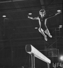 La ginnasta sovietica Larisa Latynina, 1961