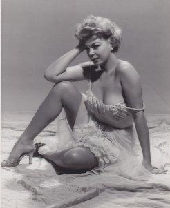 La pin up Barbara Nichols, anni 50