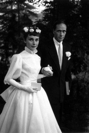 Audrey Hepburn e Mel Ferrer il giorno del loro matrimonio in Svizzera, 1954