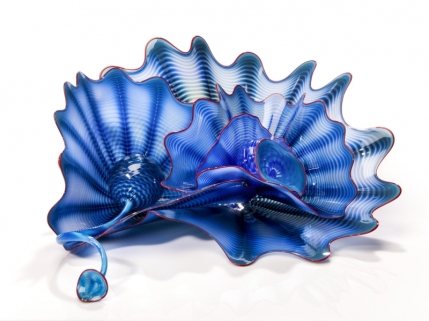 Dale Chihuly, Kingfisher Blue Persian Set with Cardinal Lip Wraps, 2016