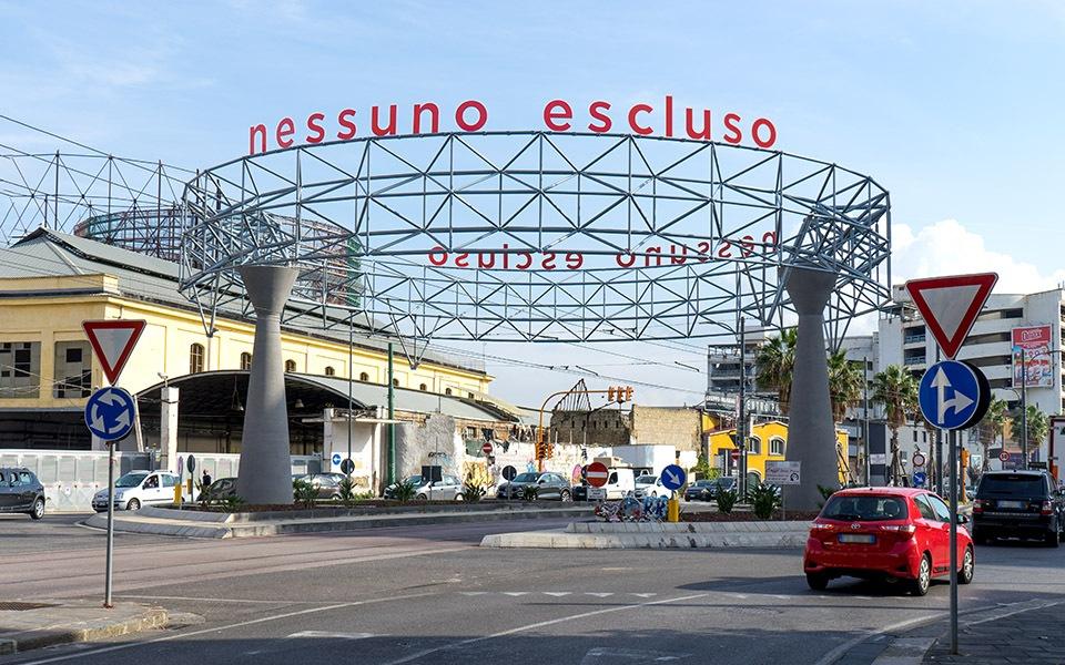 """""""Nessuno escluso"""" by Bianco-Valente @ Napoli"""