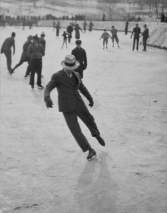 Pattinaggio sul ghiaccio in abito, 1937