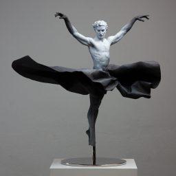 """Moonlight Shadow"" (2019), bronze, 80 centimeters. By Coderch & Malavia"