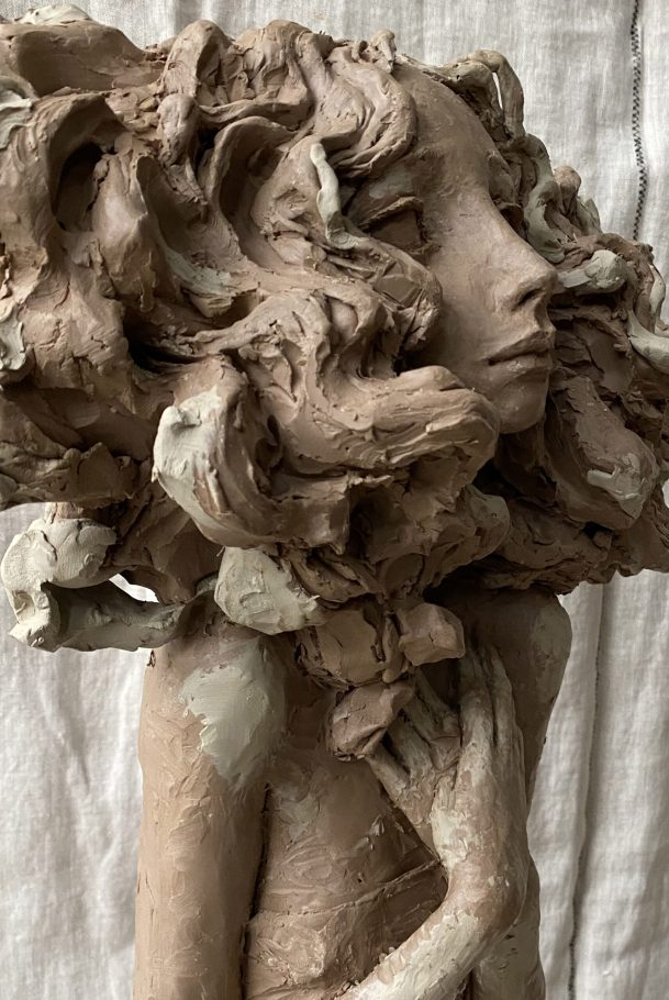 """Valérie Hadida. Detail of """"Eternel Amour"""" (2018), bronze, 75 x 30 x 30 centimeters"""