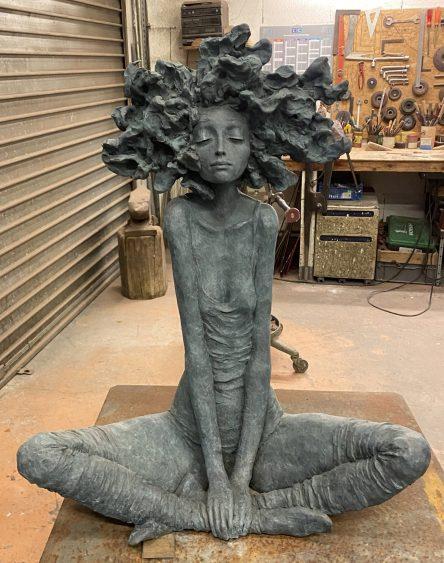 """Valérie Hadida. """"La grande zénitude"""" (2021), bronze, 39 2/5 × 31 1/2 × 13 4/5 inches"""