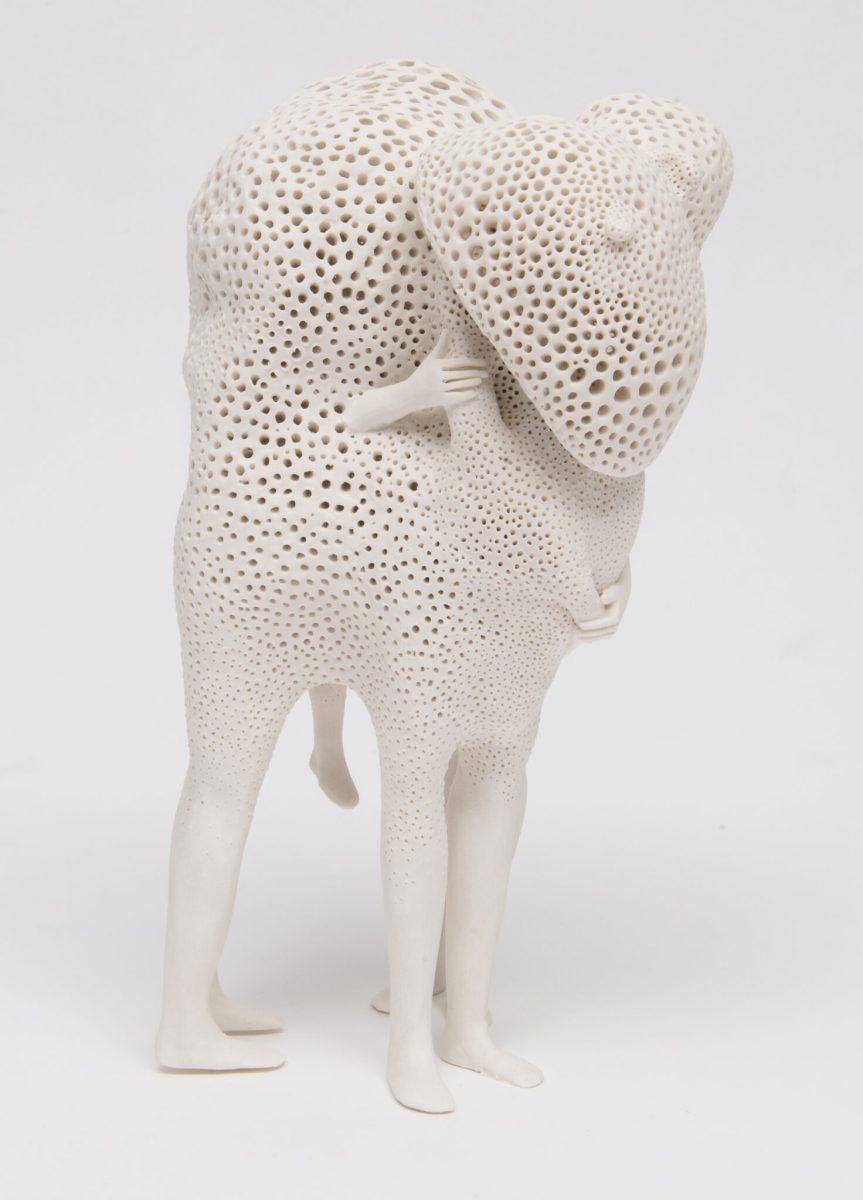 OperArt – Le porcellane astratte di Claudia Fontes