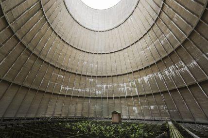 Tour de refroidissement, torre di raffreddamento del Belgio, Belgio. Fotografia di Jonathan Jimenez aka Jonk