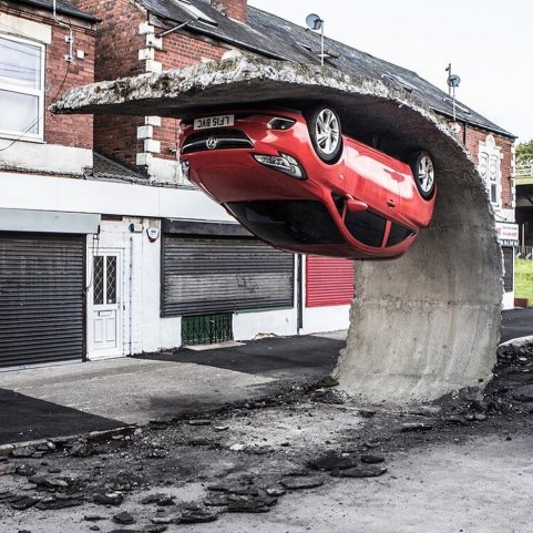 """""""Pick yourself up and pull yourself together"""", installation by Alex Chinneck. Sheffield, UK, 2017"""