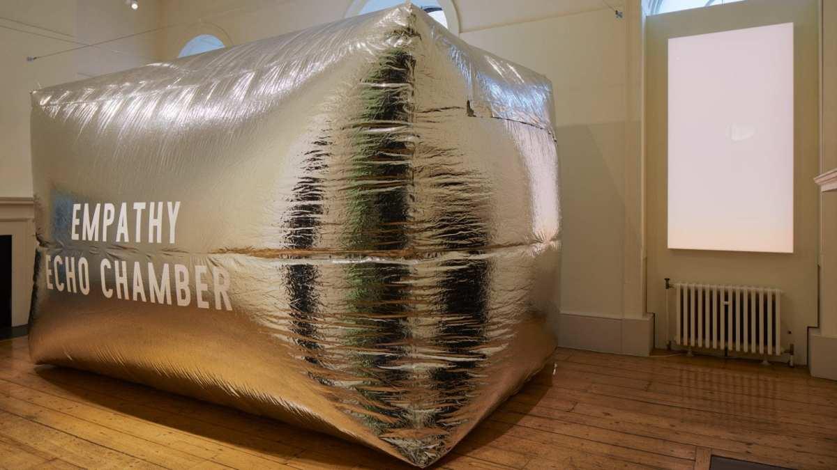 OperArt – La camera dell'empatia di Enni-Kukka Tuomala per la London Design Biennale