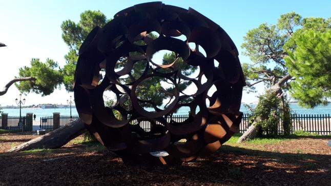 """""""Speirein"""" di Godfrey DeWitt ai Giardini di Marinaressa"""