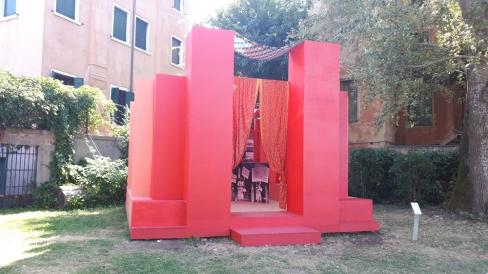 """The ArchiAfrika Pavilion"" di Joe Osae-Addo & Studio NYALI ai Giardini di Marinaressa"